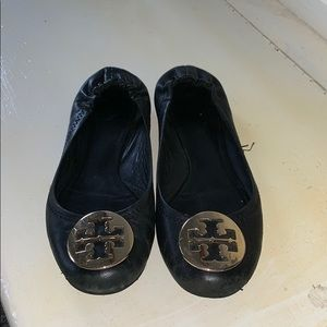 Black with Gold Pendant Tory Burch flats